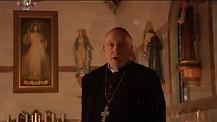 Monseñor Jean Marie hablando de los enfermos