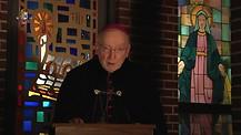 Monseñor Jean Marie hablando de la Inmaculada